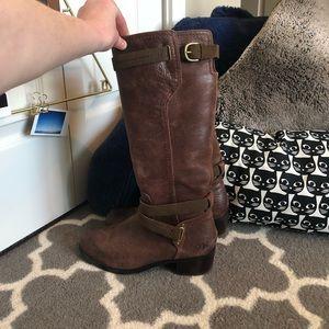 UGG Australia Darcie Boots Size 7.5